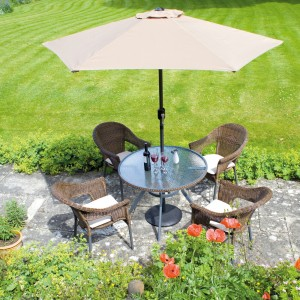 Copenhagen set with beige cushions and parasol
