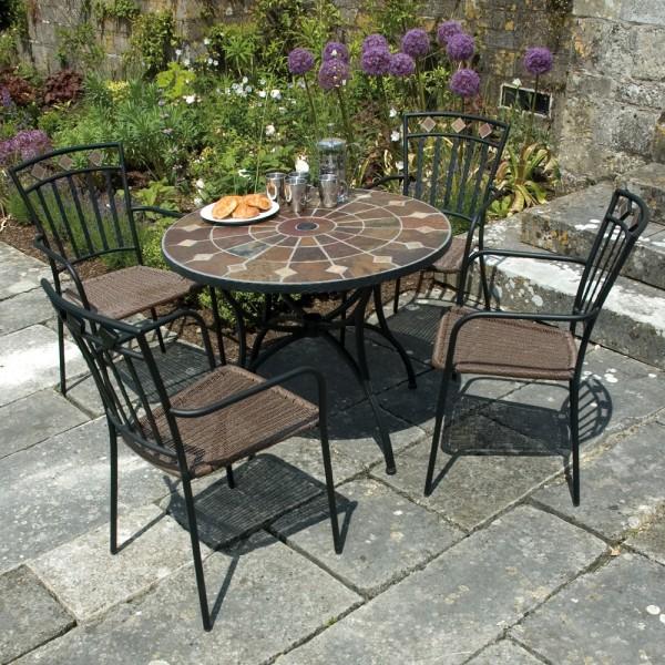 Granada table with Malaga chairs