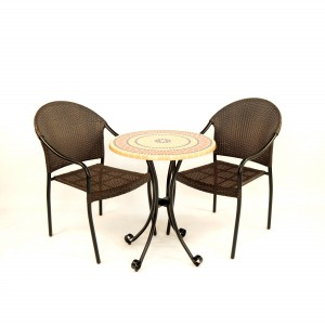 Mataro bistro set with San Tropez chairs