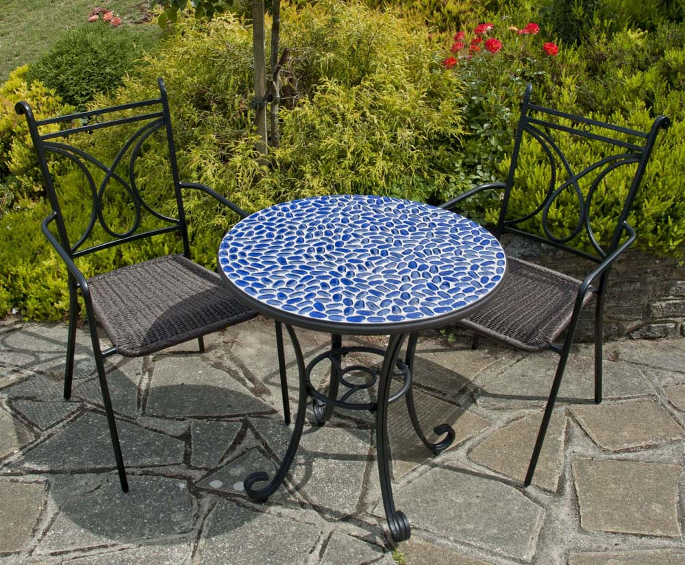 Faro table with Treviso chairs