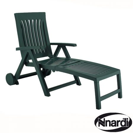 Achille Wheeled lounger in Green