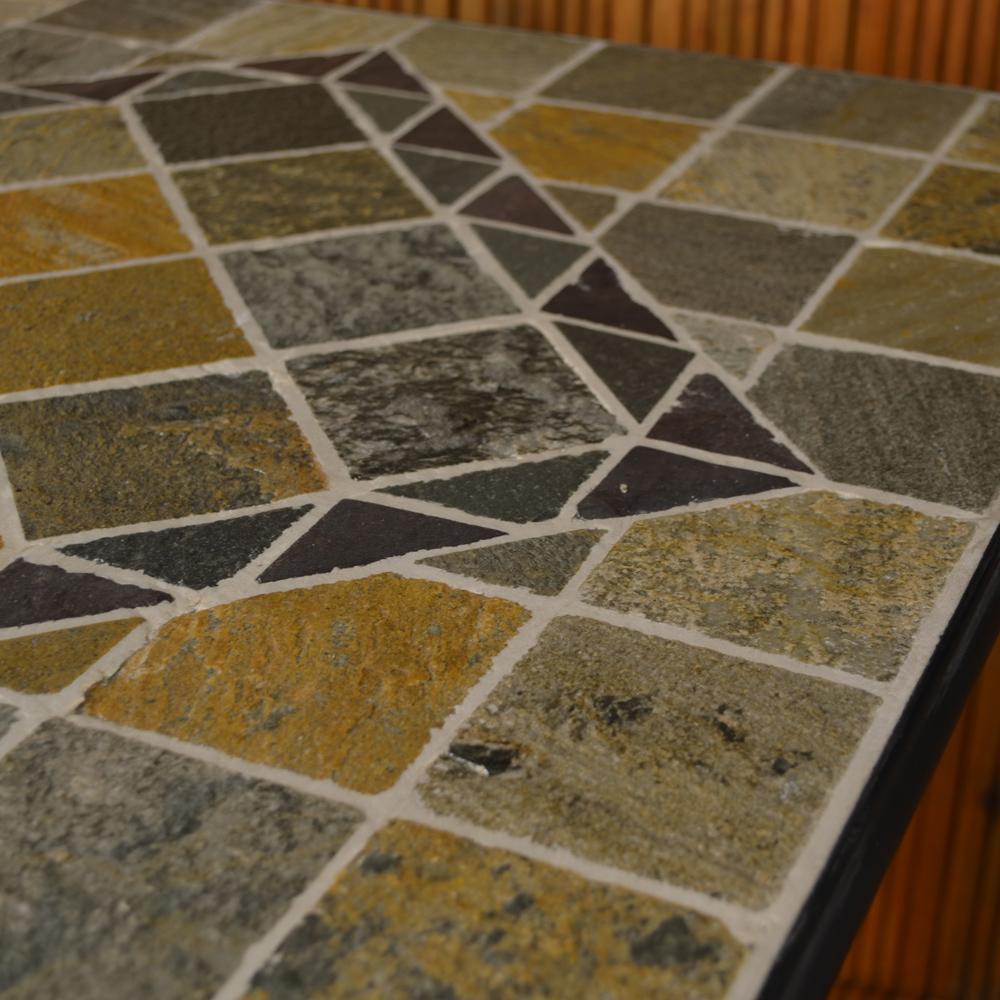 Amalfi table top close-up
