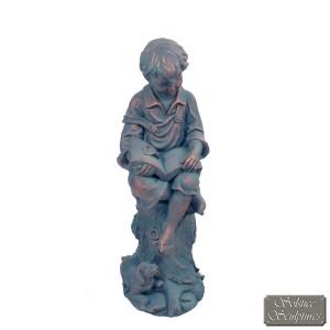 Arthur statue front