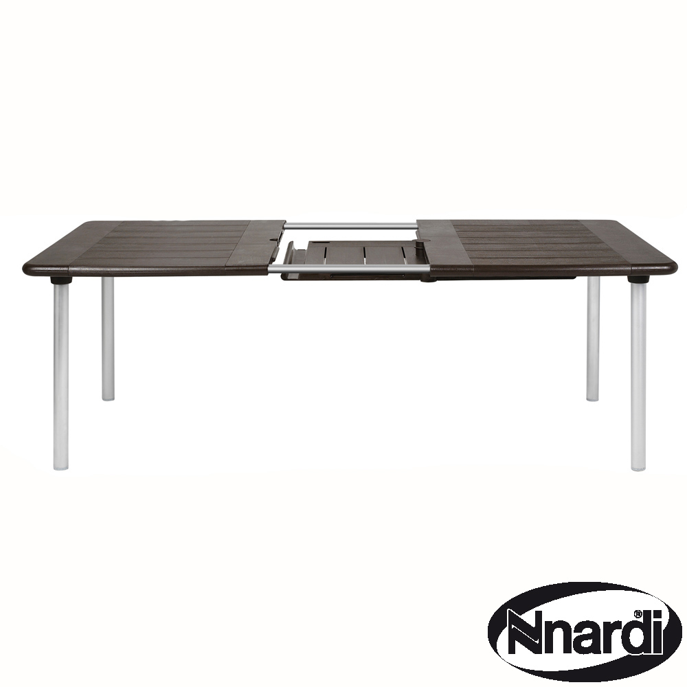 Maestrale 220 table in Coffee / Brown
