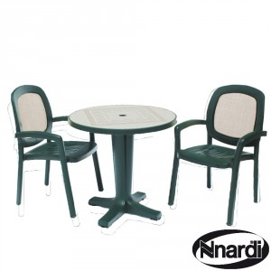 Marte 78 table with Beta chairs green