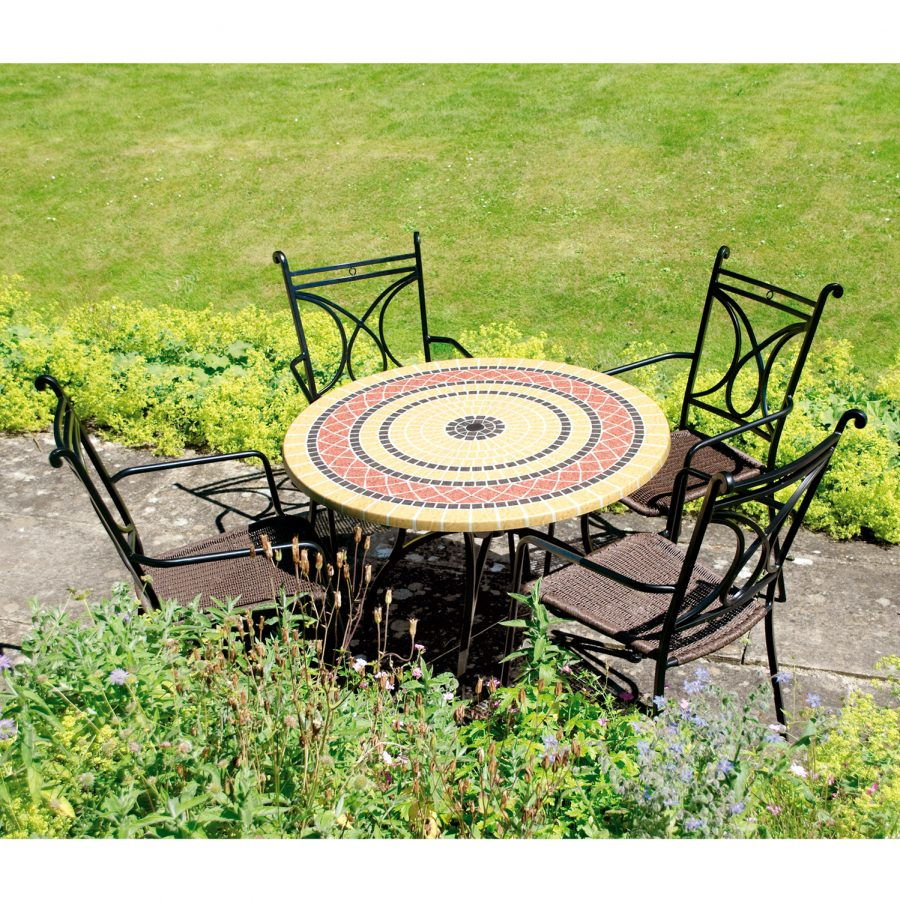 Mataro Patio table with Treviso chairs