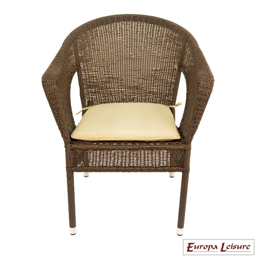 Woburn chair with beige cushion