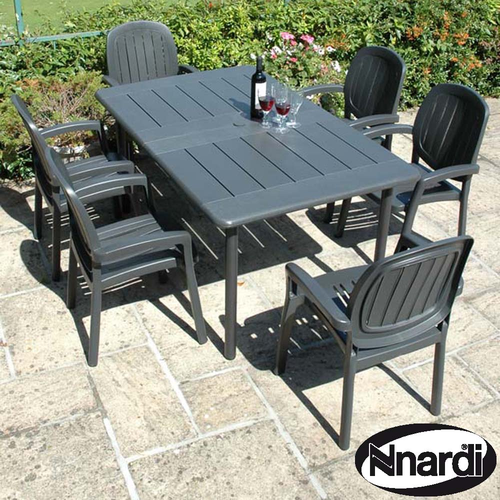 Nardi Extending Maestrale 220 Table with 6 Kappa chairs - Anthracite