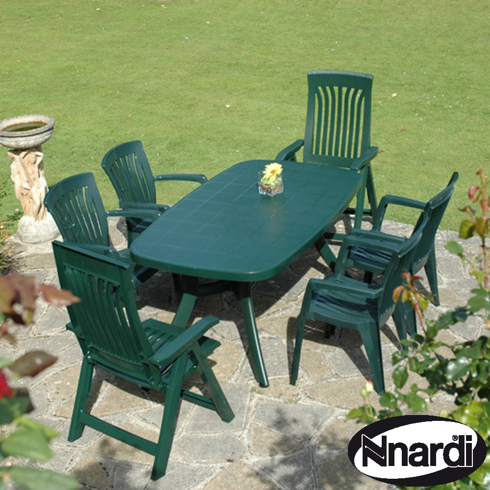Toscana 165 table with 2 Flora 4 Diana chairs