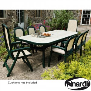 Toscana 250 extending table with 2 Delta and 6 Beta chairs