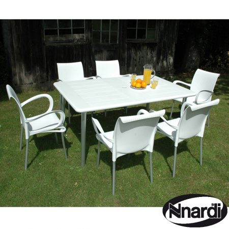 Maestrale 220 with 6 Dama Chairs in white