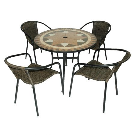 Malta table with San Remo chairs