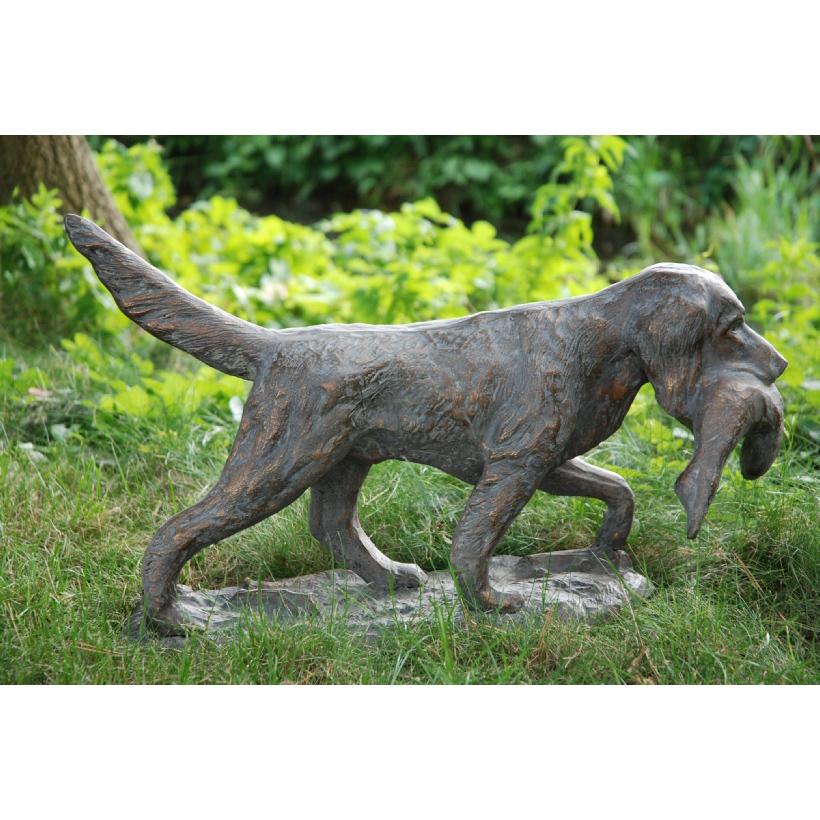Gun Dog in aged bronze effect