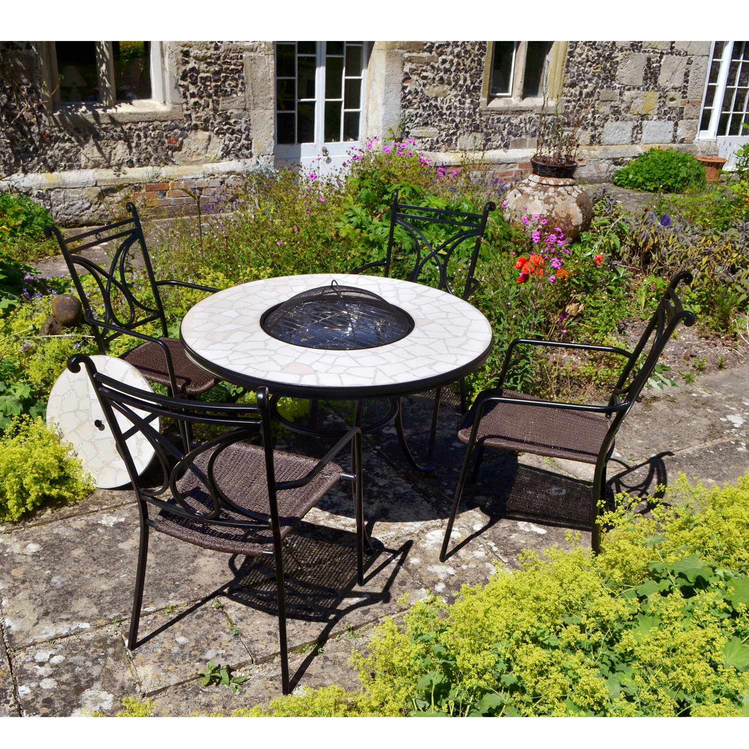Tudela Tall firepit with Treviso chairs