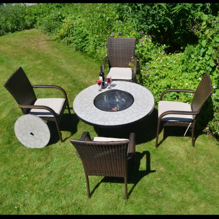 Tudela low firepit table with Castello chairs