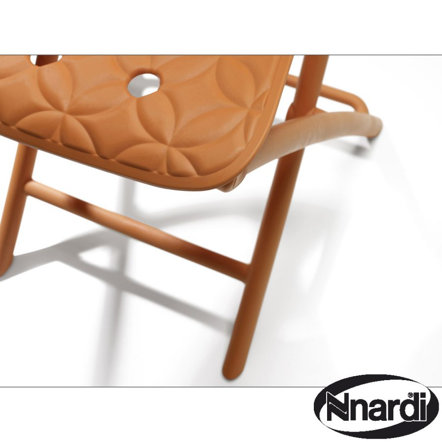 Zic Zac Chair Orange close-up