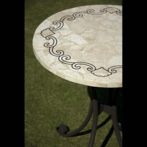 Almeria table detail