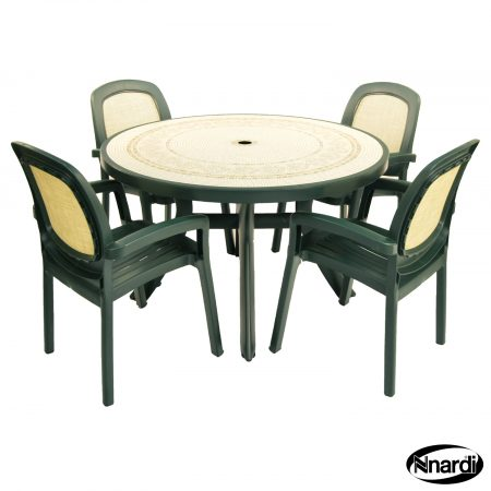 Toscana 120 table with 4 beta chairs