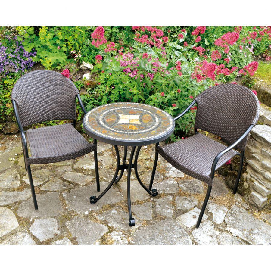 Torello bistro table with San Tropez chairs