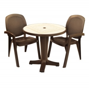Marte 78 table with Creta wicker chairs