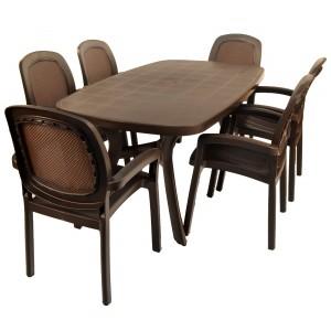 Toscana 165 plain coffee top with Beta chairs