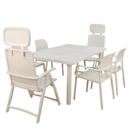 Libeccio extending table with 2 AquaMarina reclining chairs & 4 Bora chair in White