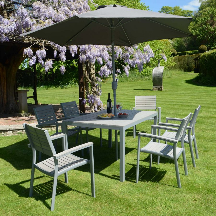 Fontello set with 6 stacking chairs