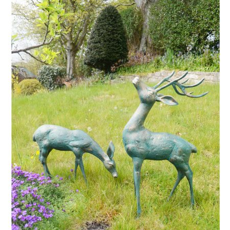 Small deer pair statue