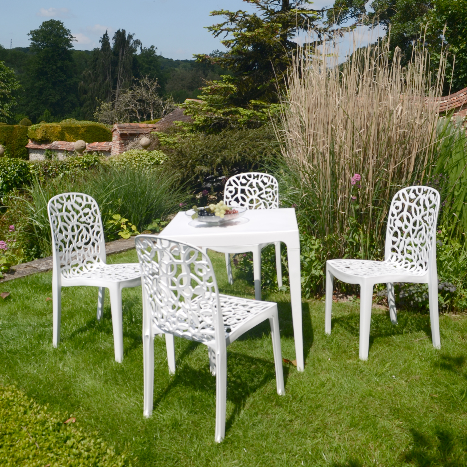 MASTER DINING TABLE WITH 4 FLEURA CHAIRS WHITE OUTDOOR