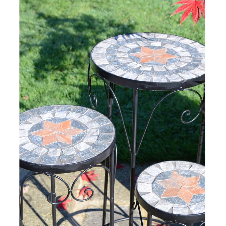 NOVA PLANTSTAND SET OF 3 TALL OUTDOOR DETAIL