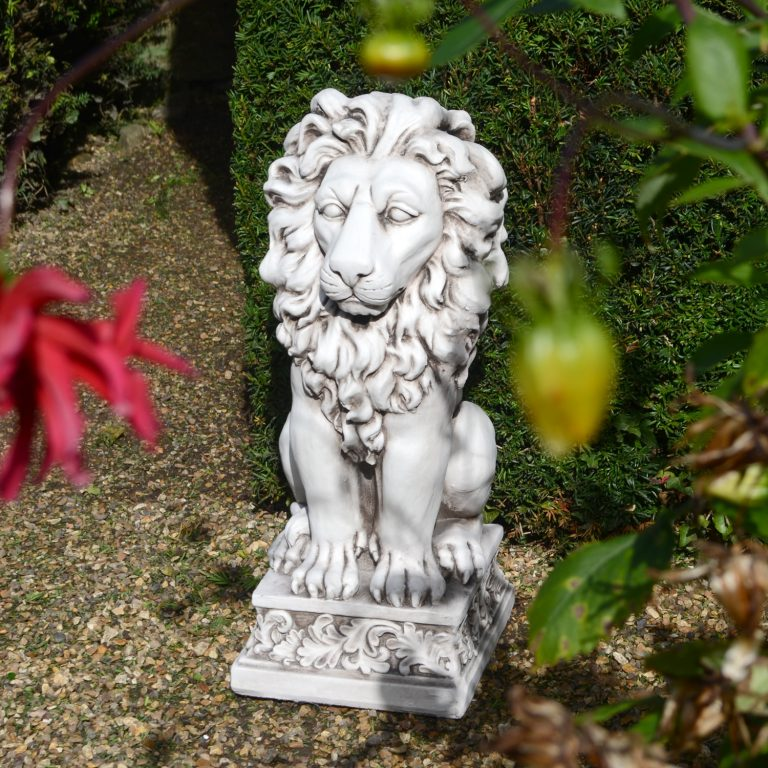 SMALL LION 61CM ANTIQUE STONE EFFECT OUTDOOR2