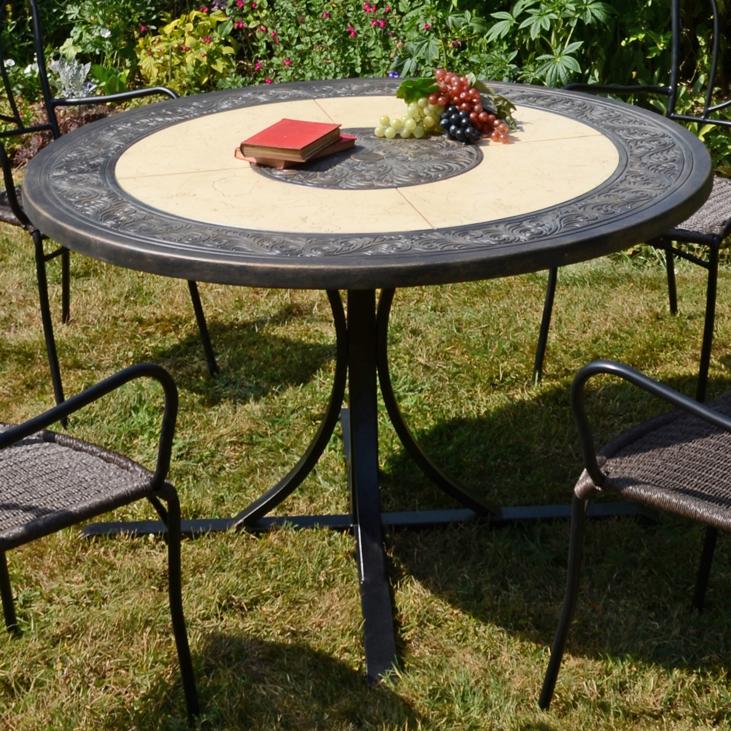 ST MALO 122CM DINING TABLE OUTDOOR