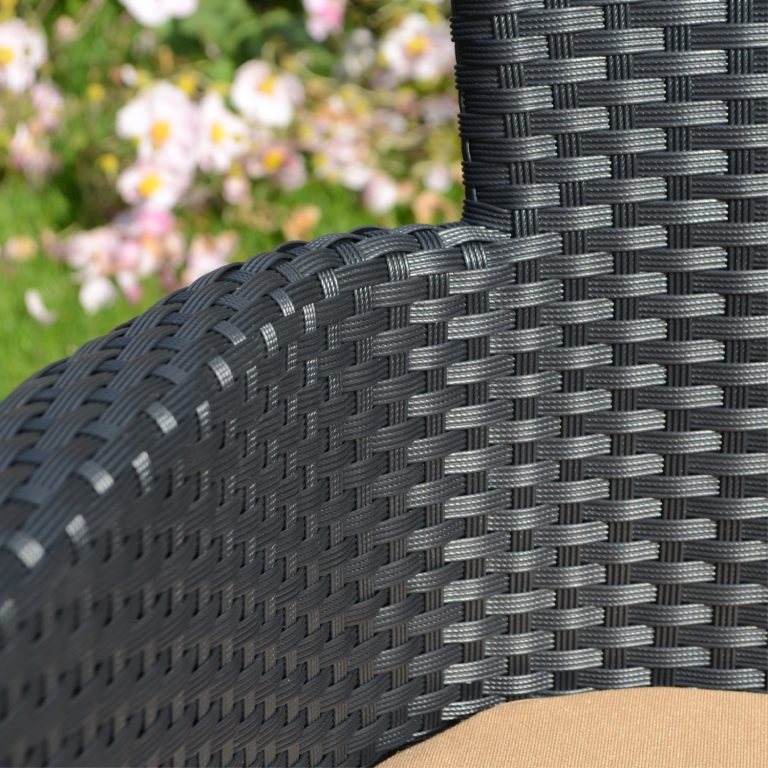STOCKHOLM CHAIR BLACK OUTDOOR DETAIL