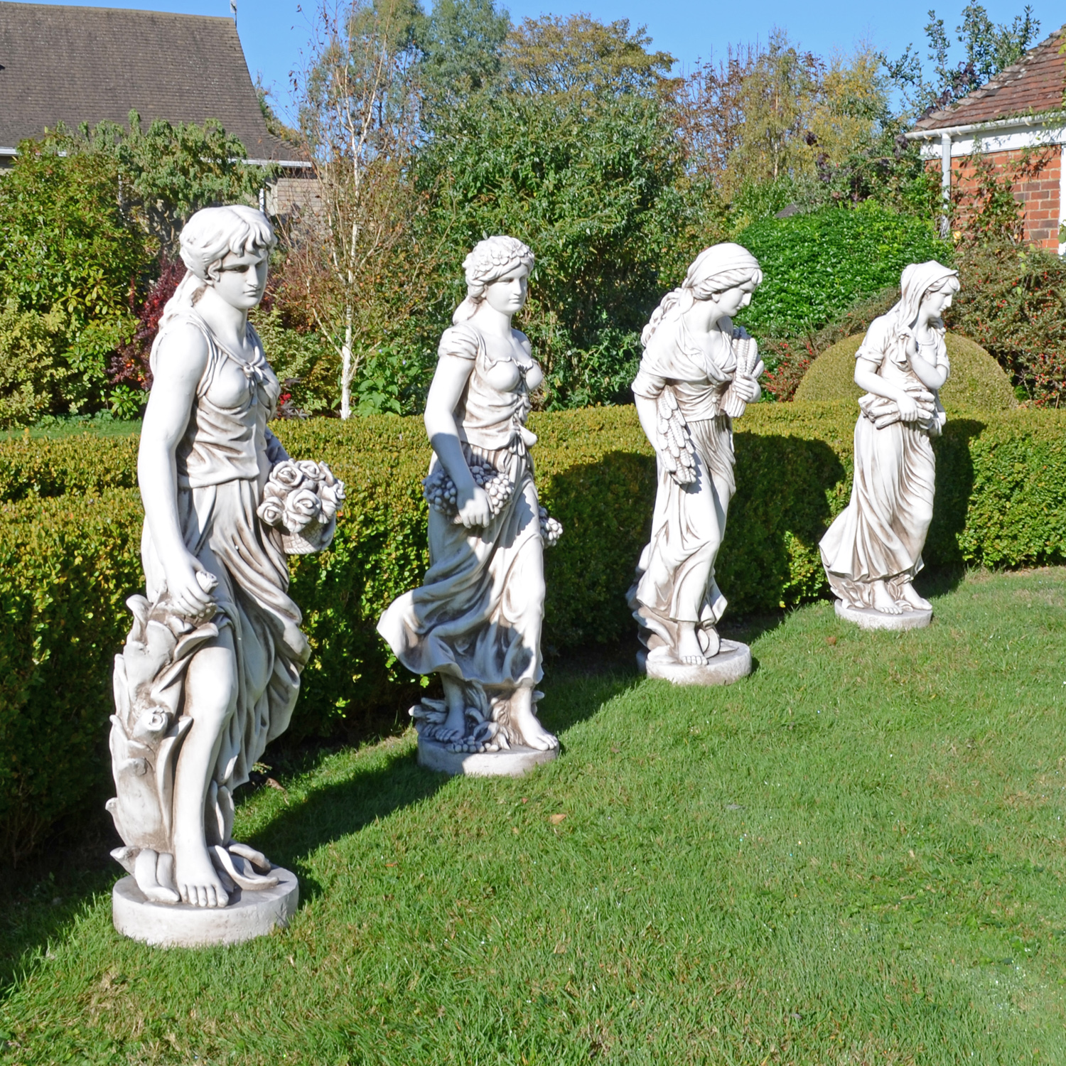 WILMA IN WINTER 119CM ANTIQUE STONE EFFECT OUTDOOR GROUP2