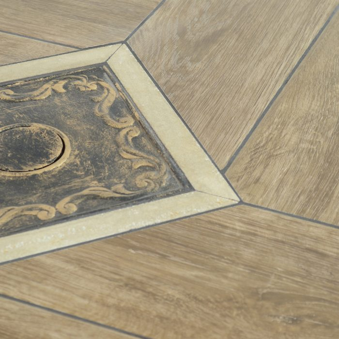 HASLEMERE 91CM BISTRO TABLE DETAIL WS4